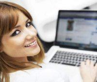 Cursa una carrera universitaria a distancia en línea